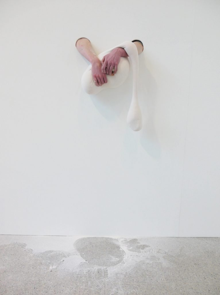 Eleanor Pearch, SCANDALE PROJECT, artist, contemporary artist, emerging artist, art installation, visual art, photography, photographer, art exhibition, exhibition view, creation, artist, contemporary art, Interview, groupshow, group show, art scandal project, scandaleproject,